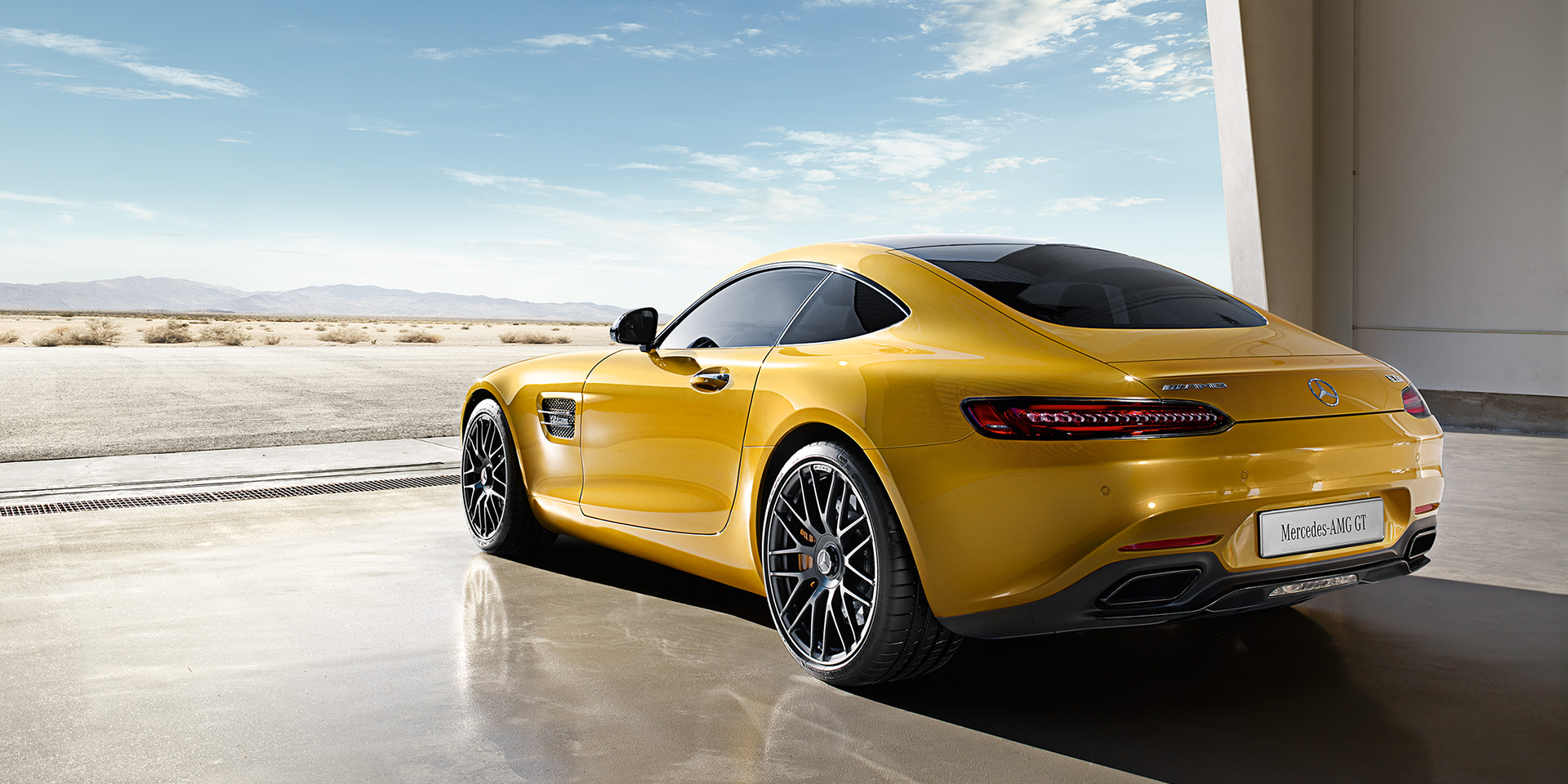 Mercedes AMG GT S 2017 (1)