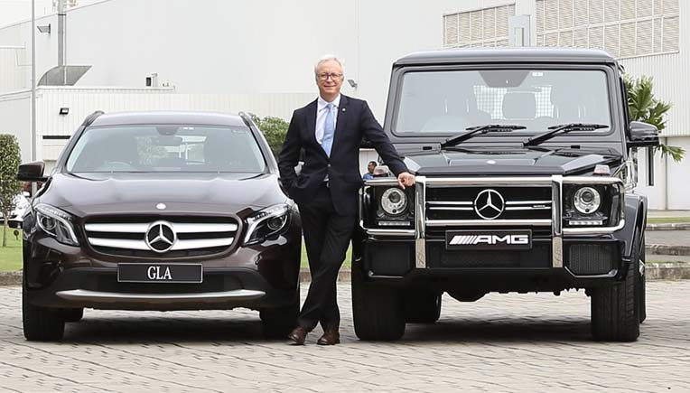 Mercedes-completes-petrol-portfolio-in-India-launches-GLS-400-4MATIC-Motown-India-Bureau-3-851