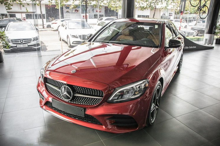 Mercedes C300 AMG 2022 : sang trong, đẳng cấp, thể thao khẳng định thương hiệu