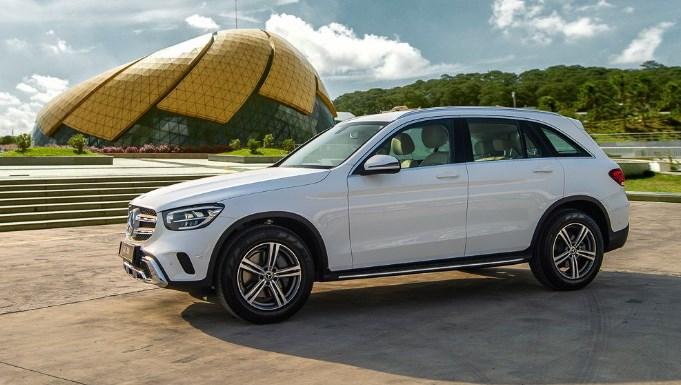 Mercedes GLC 200 2021 mạnh mẽ, thể thao, an toàn và đầy sự phấn khích